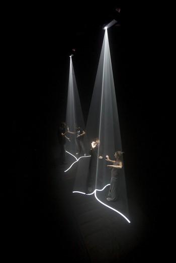 Ernesto Klar - Luzes relacionais (Relational Lights)