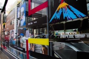 fachada com programação visual do metro consolcao FILE Sp 2014