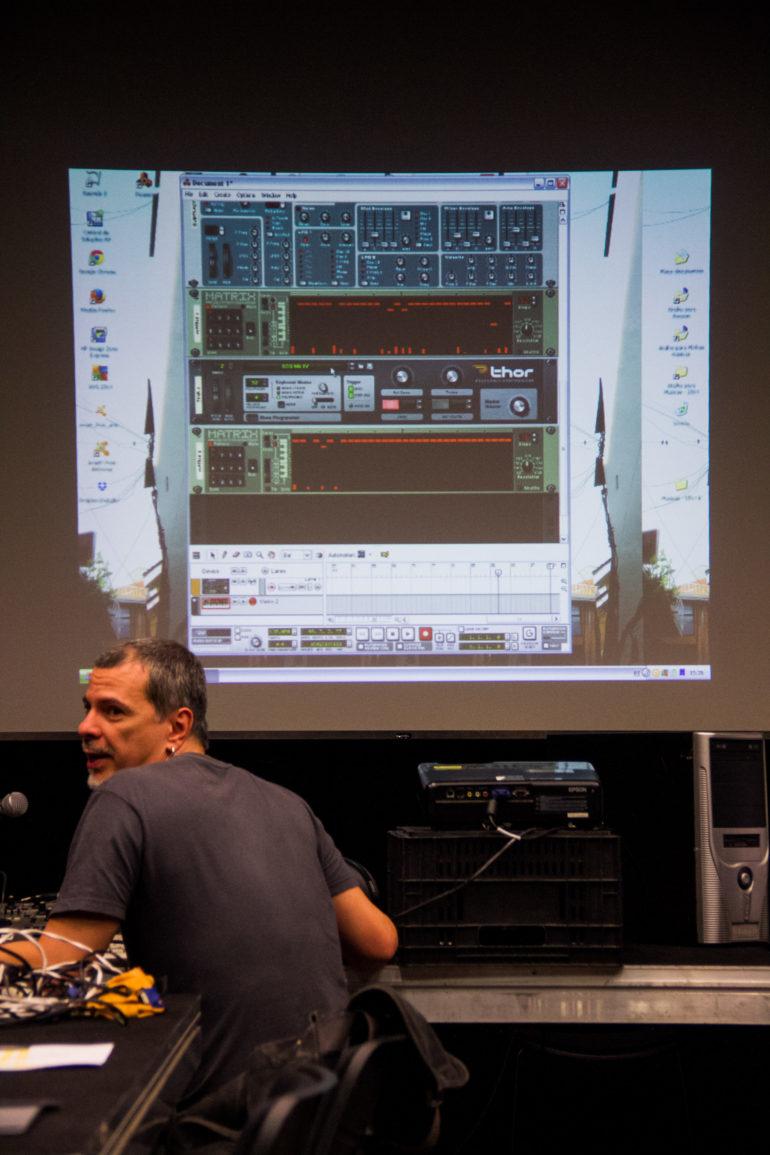 Workshop Composição de Trilhas Sonoras para Games e AplicativosMarcos Vieira Lobo