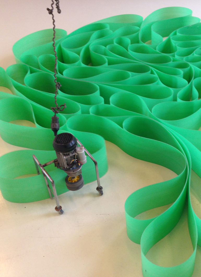 FILE FESTIVAL 2015 Zoro - A long and winding road to nowhere