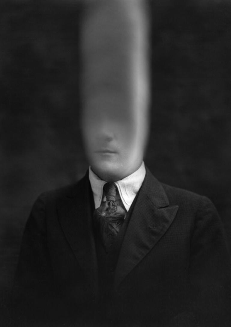 FILE GIF 2015 Bill Domonkos - Smoke man