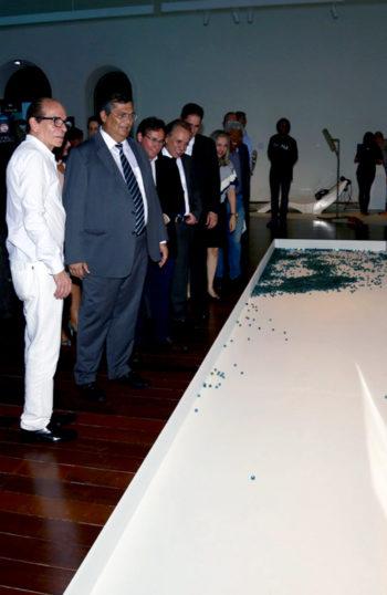 FILE SAO LUIS 2017 – CENTRO CULTURAL VALE MARANHAO – On the left: FILE Festival Organizer, Ricardo Barreto; center: Governor of Maranhao, Flávio Dino; back: Director-President of Vale, Murilo Ferreira.